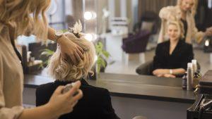 Read more about the article Primeiros passos para se tornar uma empreendedora da beleza