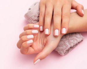 Read more about the article 5 motivos para investir em um curso de manicure e pedicure